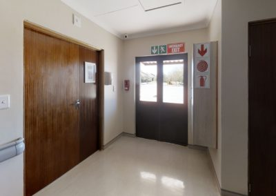 Trans-50-Acacia-Park-Wag-N-Bietjie-2-Lobby