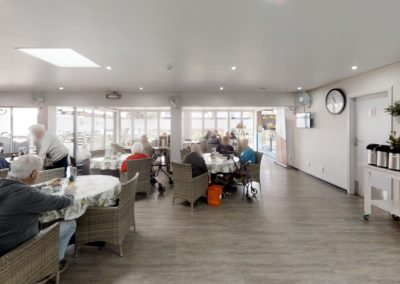 Trans-50-Coffee-Shop-Living-Room