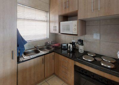 Trans-50-Mopanie-109-Bachelor-Kitchen