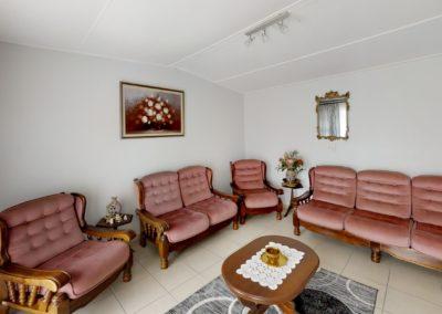 Trans-50-Witfield-Park-1-Slaapkamer-Living-Room (2)