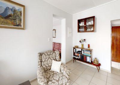 Trans-50-Witfield-Park-1-Slaapkamer-Living-Room
