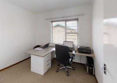 Trans-50-Witfield-Park-2-Slaapkamer-Office
