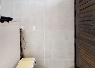 Trans-50-Witfield-Park-Enkel-Woonstel-Bathroom