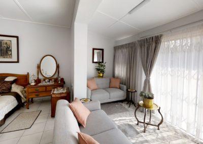 Trans-50-Witfield-Park-Enkel-Woonstel-Living-Room